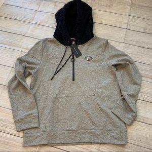 NWT Tommy Hilfiger Gray & Blue Hooded Jacket L